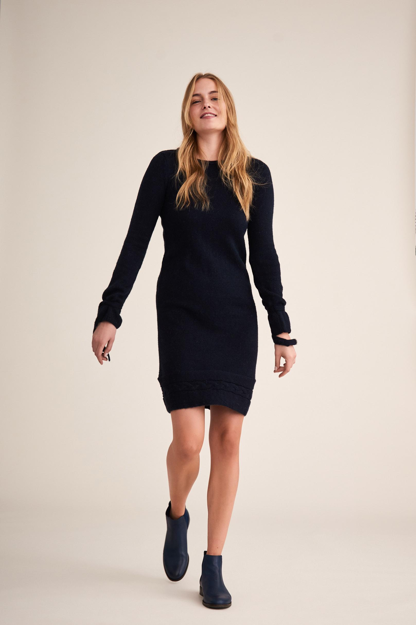LADIES' KNITTED DRESS MOLA