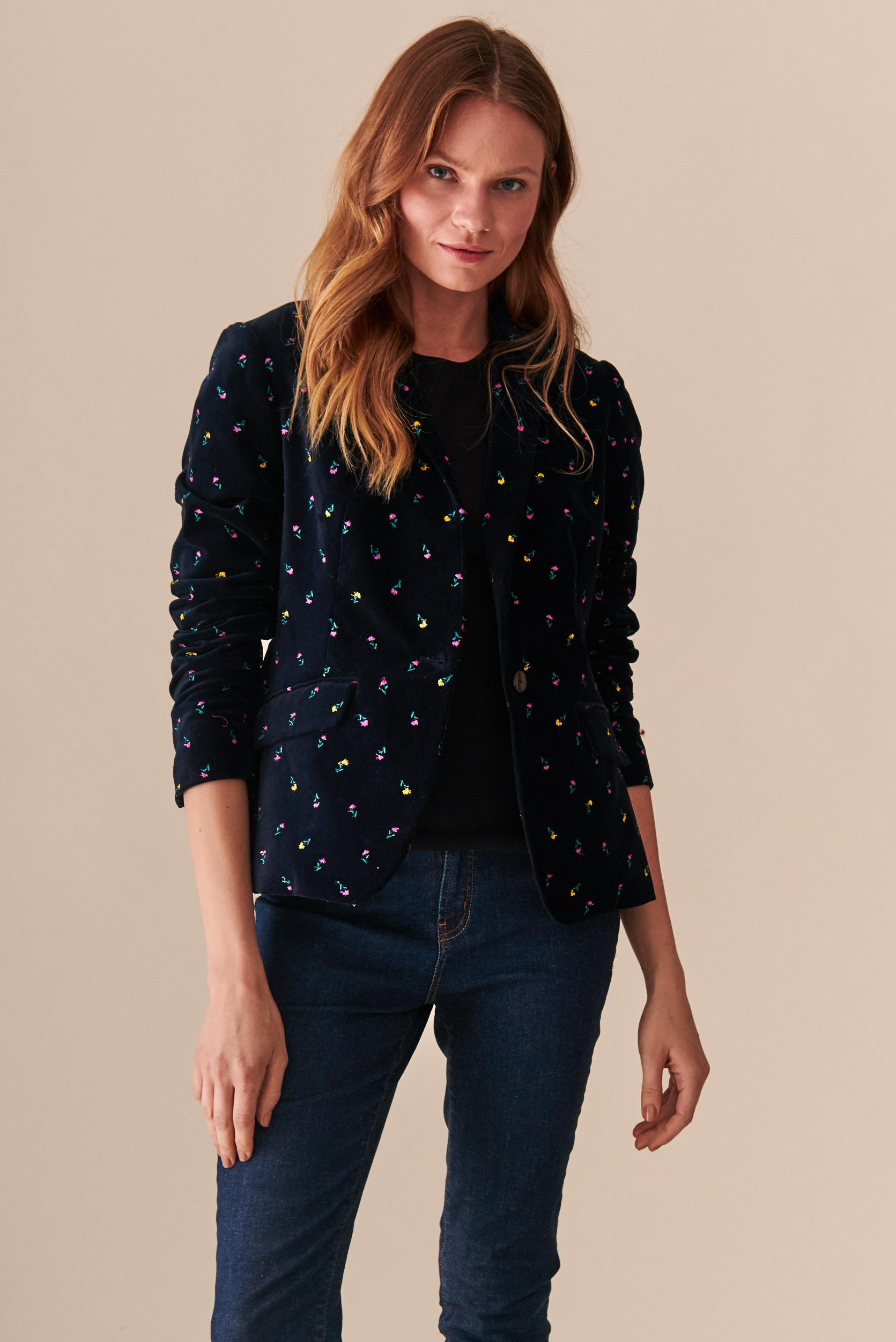 LADIES' VELVET JACKET WITH EMBROIDERY ARWIA 3