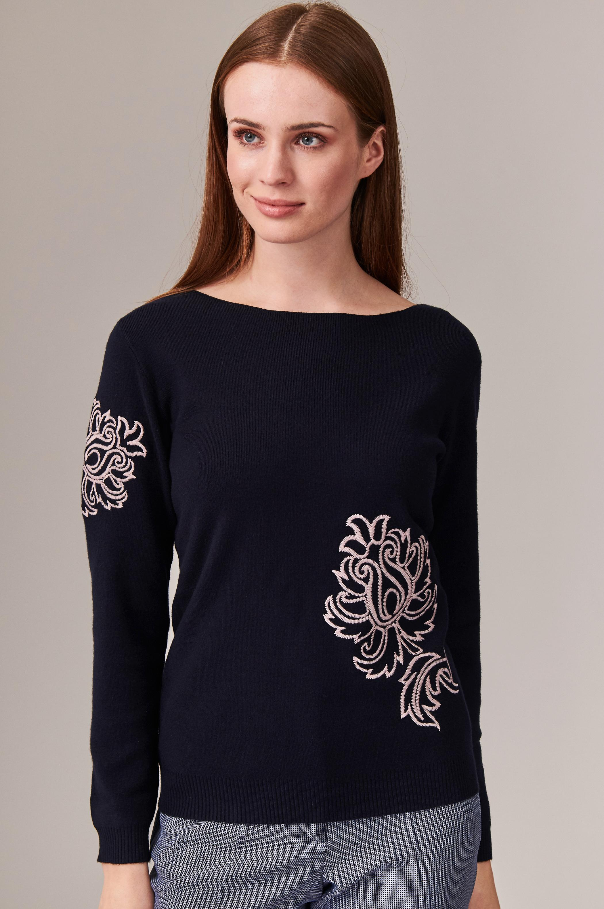 LADIES' SWEATER WITH EMBROIDERY ARTEWI