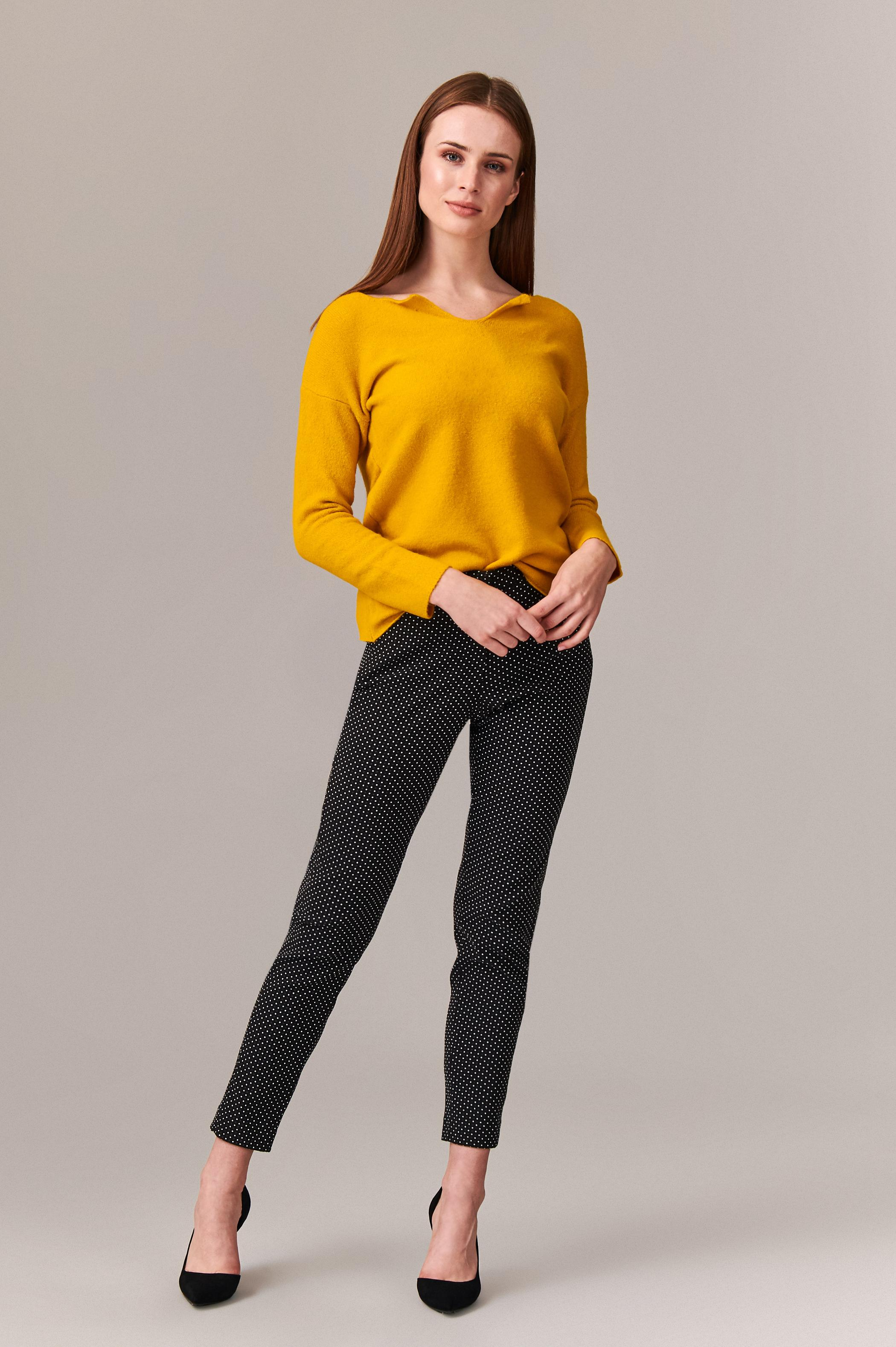 LADIES' SWEATER NOWIRA